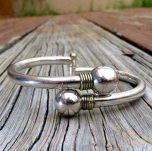 Vintage Taxco Heavy 925 Hinged Bangle Bracelet